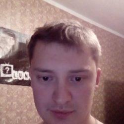 Парень из Москвы, ищу девушку. Мне нужен секс и женская ласка.
